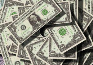 Geld im Internet vermehren und Steuern bezahlen?